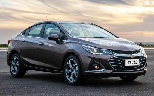 Chevrolet lança novos sedãs